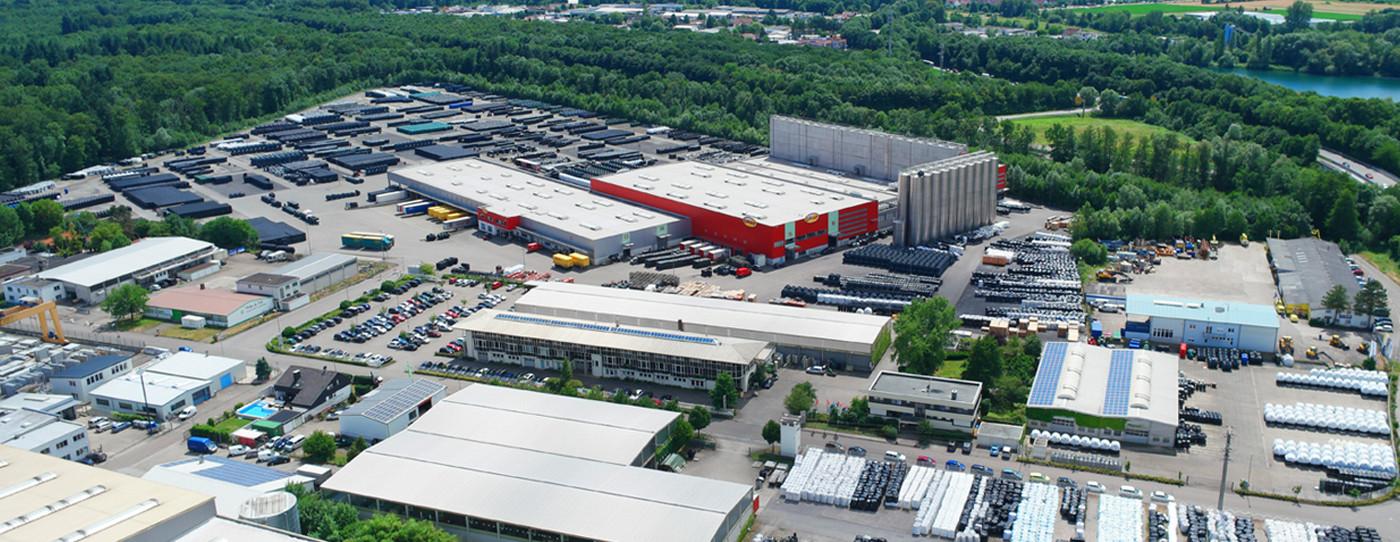 占地155,000平方米的Otto GRAF GmbH总部位于Teningen。它是全球塑料产品最现代化的生产设施之一。